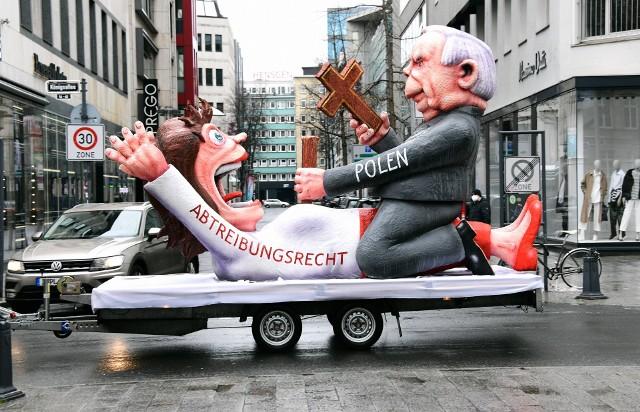 Karnawał w Niemczech. Twórca karykatury Jarosława Kaczyńskiego odpowiada na krytykę: Osiągnęliśmy nasz cel