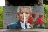 Nowy Sącz. Burza po muralu z Jarosławem Kaczyńskim. Na miejscu wizerunku prezesa PiS jest już inne graffiti