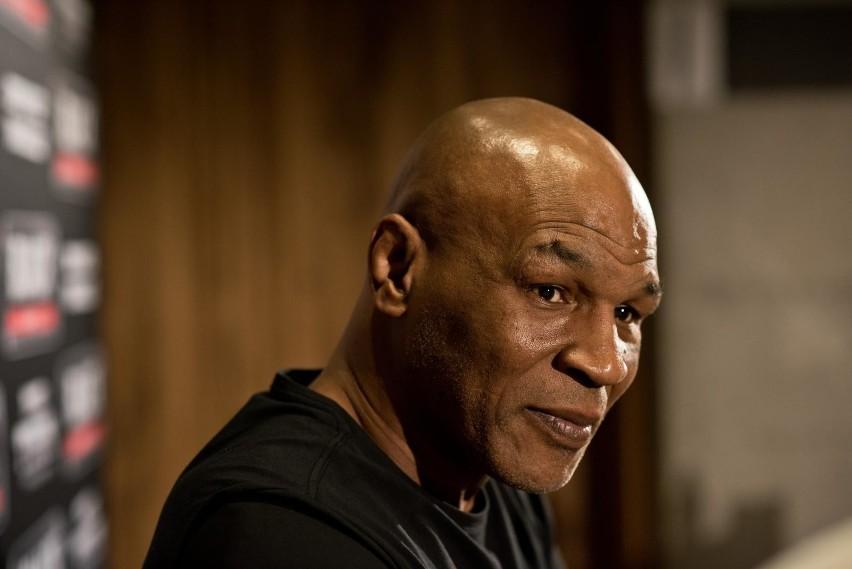 """Mike Tyson patrzył w lufę pistoletu. """"Wiem, co robię"""""""