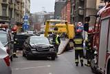 Osiem aut staranował szalony kierowca w Katowicach. Miał ponad 2 prom. alkoholu w organizmie. Policjanci zatrzymali go na ul. Sło