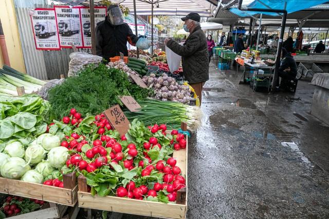 Zajrzeliśmy na dwa krakowskie place targowe - w ścisłym centrum miasta oraz w Nowej Hucie