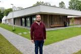 Tajemnice najlepszego domu w Polsce. Nagroda architektów 2019 od Polityki dla obiektu wspólnoty Chleb Życia w Jankowicach [ZDJĘCIA, WIDEO]