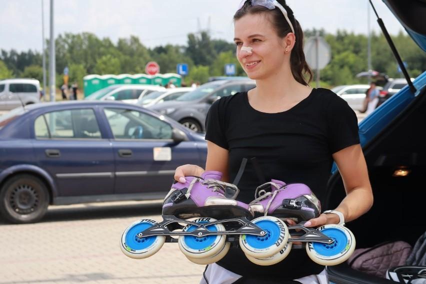 Na rolkach przejechali 42 kilometry! Maraton rolkowy w Łodzi. Wśród rolkarzy Mistrzyni Polski ZDJĘCIA