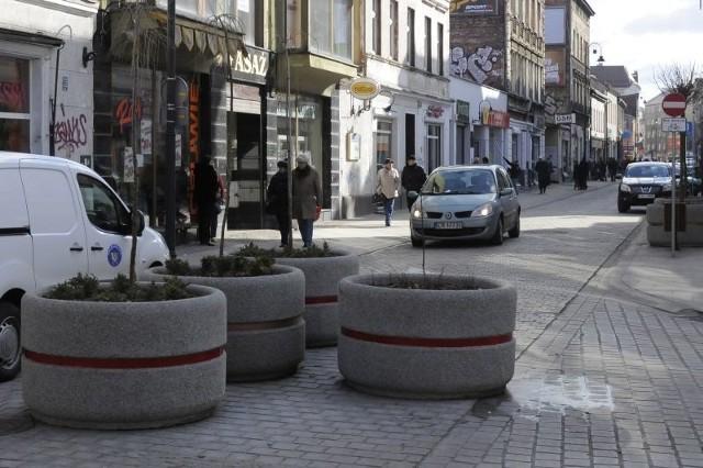 Ceny wynajmu mieszkań w Toruniu i Bydgoszczy poszły w góręW Bydgoszczy za dwupokojowe mieszkanie najczęściej przyjdzie nam zapłacić 1080 zł.