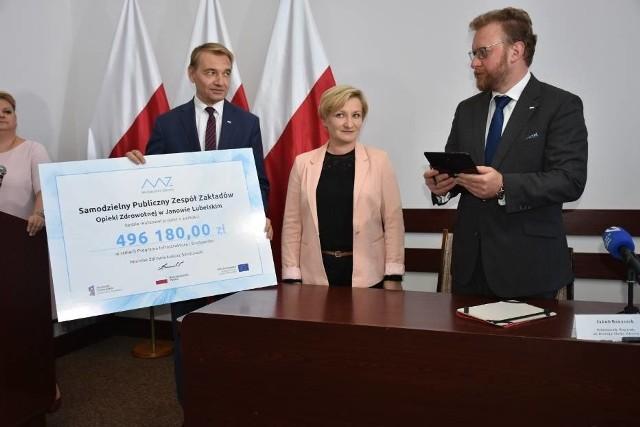 Kwota, którą otrzymała PWSZ w Chełmie ma stanowić zachętę do podjęcia nauki w zawodzie pielęgniarki i położnej