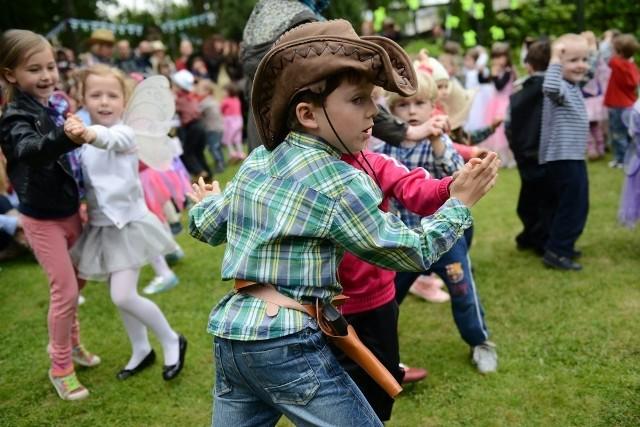 Przedszkole nr 8 w Poznaniu: Festyn w stylu kowbojskim