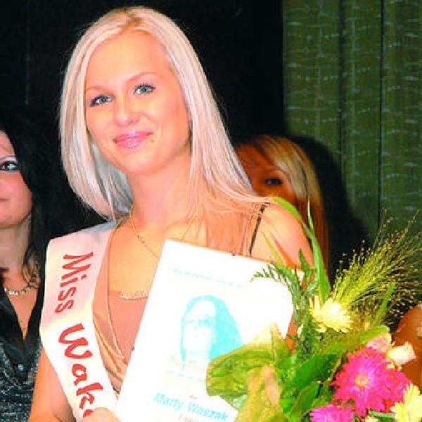 Marta Waszak z Bydgoszczy wygrała ubiegłoroczny plebiscyt Miss Wakacji. Marta ma obecnie 20 lat, uczy się w Technikum Ekonomicznym i nadal w Bydgoszczy mieszka.