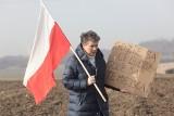 Joanna Warecha: Sytuację ludzi w byłych PGR-ach mogą zmienić politycy
