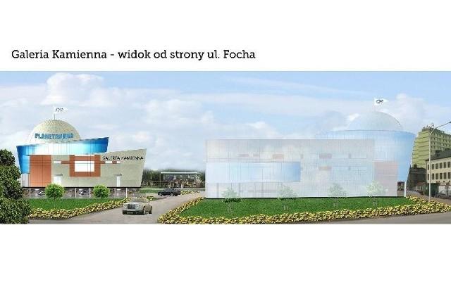 """Imponująca kopuła planetarium będzie wyróżniała """"Galerię Kamienna"""" wśród innych budynków przy Alei 3 Maja. Widok od strony ulicy Focha."""