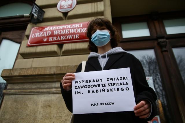 Protest pracowników szpitala Babińskiego