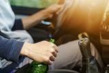 Za jazdę pod wpływem alkoholu grożą surowe kary. Przepisy nie mają litości. Pijani kierowcy muszą się z tym liczyć