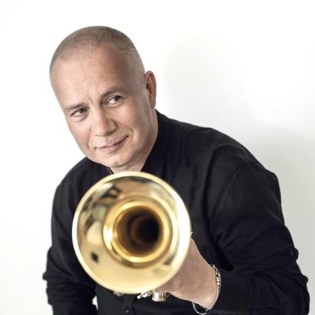 Piotr Wojtasik to jeden z najciekawszych polskich trębaczy jazzowych