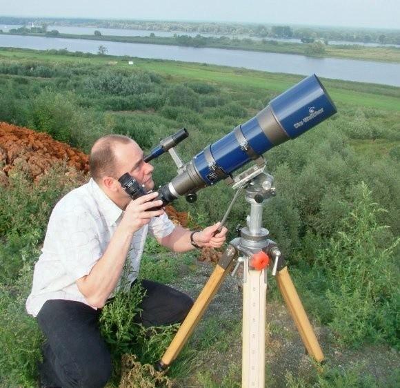 Były prezes ma zainteresowania astronomiczne. Teraz będzie miał więcej czasu dla swojego hobby.