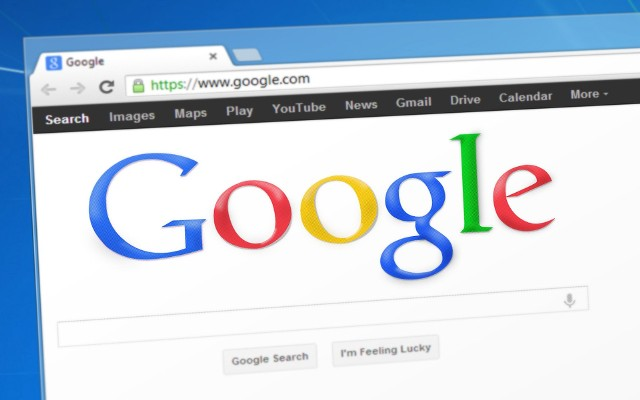Google kryje wiele tajemnic i oferuje sporo ciekawostek. Tajemnice Google można odkryć wpisując w polu wyszukiwarki hasła.Zobacz ciekawostki Google, które zebraliśmy w naszej galerii właśnie dla Ciebie>>>