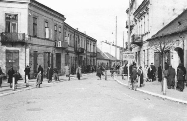 Ulica Bodzentyńska z fragmentem getta, 1941 rok.