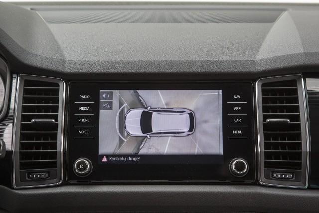 Nowy model samochodu to nie tylko nadwozie w zmienionej stylistyce, nowa kabina, czy nowe silniki. To także szereg nowych rozwiązań z zakresu bezpieczeństwa i systemów asystujących kierowcy.