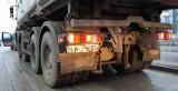 Patrol ITD kontrolował ciężarówki wyjeżdżające z budowy. Posypały się mandaty