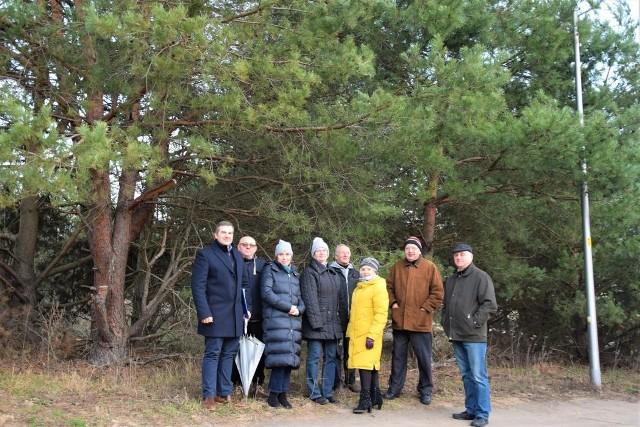 Mieszkańcy Łężycy nie zgadzają się na wycinkę lasu. Wierzą, że uda im się obronić ostatni skrawek zieleni na ich osiedlu