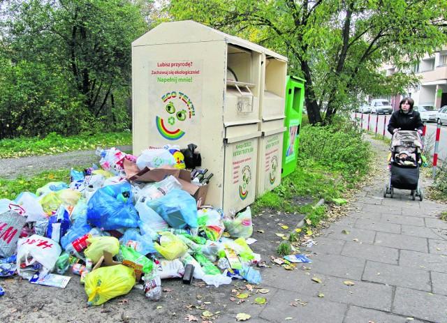 Śmieci zbierane selektywnie będą wywożone raz na miesiąc, a np. stare meble raz na rok