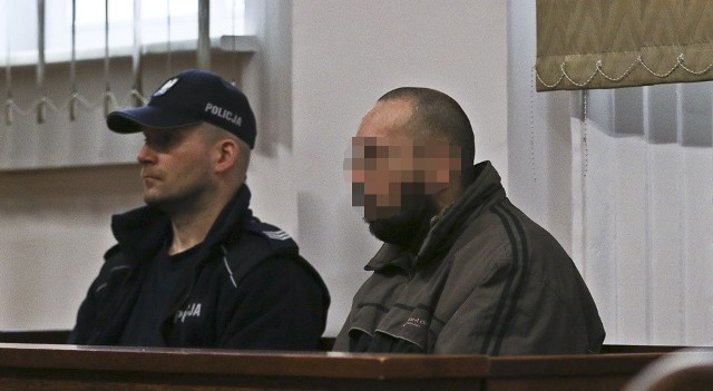 43-letni pedofil wyszedł z z aresztu. Trafił pod opiekę swojej siostry.