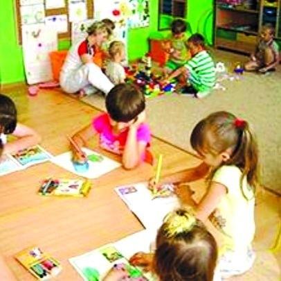 Więcej godzin języka angielskiego w przedszkolach to jedno z założeń programu realizowanego w gminie