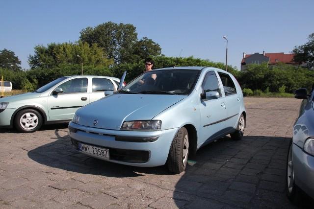 Fiat Punto, 2001 r., 1,9 JTD, centralny zamek, immobiliser, wspomaganie kierownicy, ABS, elektryczne szyby, 2 tys. 700 zł