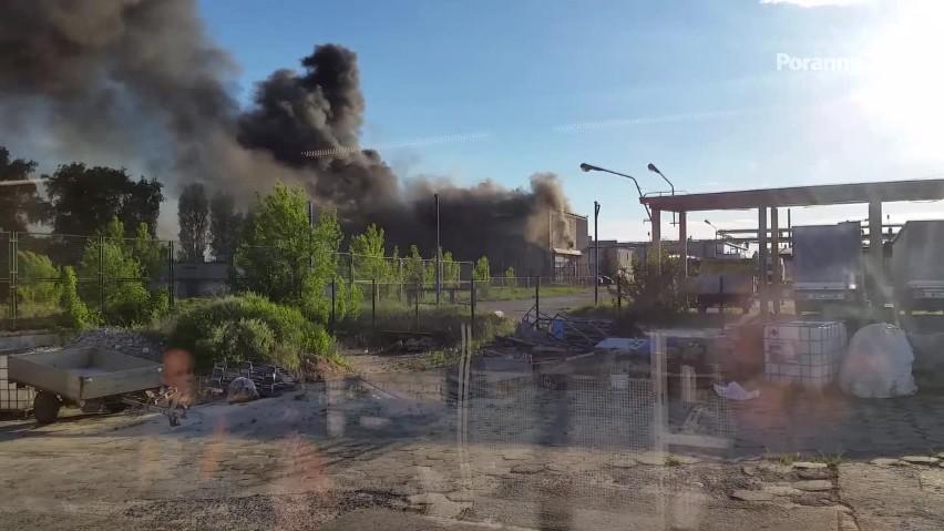 Tragedia na Dojlidach. Zginęło dwóch strażaków [WIDEO]