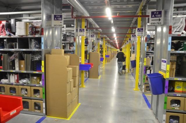 Związki zawodowe już od kilku tygodni apelują do pracodawcy o zamknięcie magazynów Amazona w całej Polsce i wstrzymanie prac. Także w magazynach w podpoznańskich Sadach.