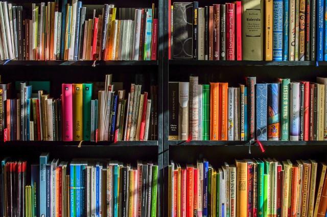 Wypożyczanie książek zostało wstrzymane do piątku (10 września) z powodu reinstalacji systemu