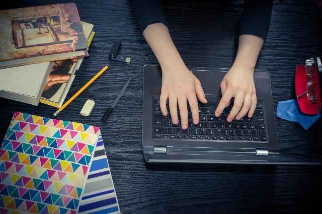 1 kwietnia 2020 ósmoklasiści zmierzyli się z próbnym egzaminem z języka niemieckiego.Zobacz arkusz z zadaniami --->
