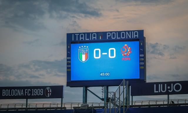 Na razie na tablicy świetlnej stadionu Renato Dall`Ara w Bolonii widnieje wynik bezbramkowy