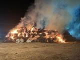 Lubelskie. Dwa pożary bel słomy. Zobacz zdjęcia strażaków w akcji