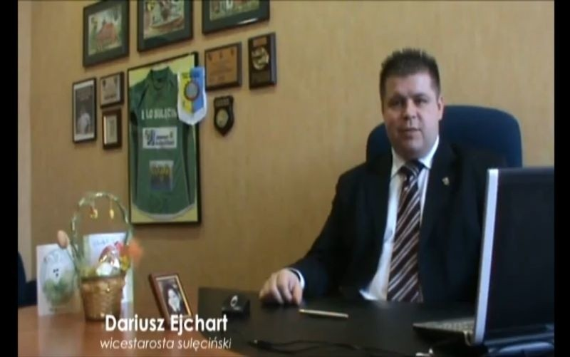 Zdjęcie z klipu wyborczego Dariusza Ejcharta