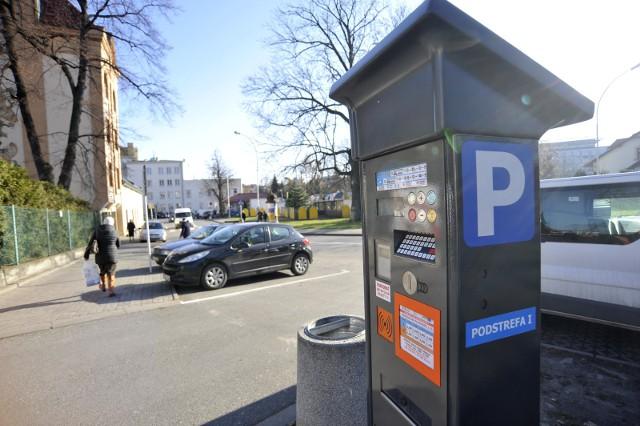 22.11.2016. rzeszow . strefa platnego parkowania parkometr poarkingfot bartosz frydrych