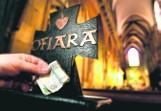 Sprawdź, ile kosztuje co łaska w łódzkich parafiach! Ile kosztuje komunia, pogrzeb, msza, ślub kościelny? Cennik w kościele. 14.09.2021