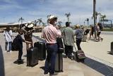 Londyn: Brytyjczycy przerwali urlopy, by zdążyć wrócić z Portugalii przed kwarantanną na Wyspoach