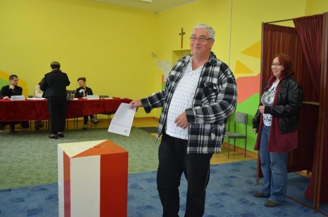 Głosowanie w lokalu przy ul. Jasnej