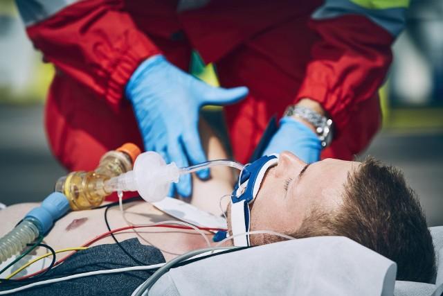 Ratownicy medyczni są w coraz trudniejszej sytuacji.