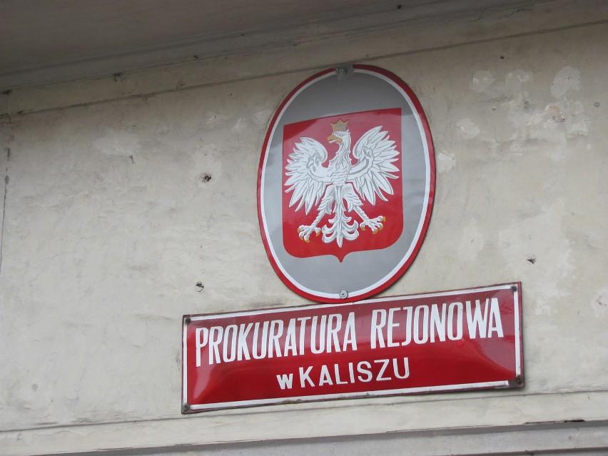 Prokuratura w Kaliszu postawiła zarzuty trzem mężczyznom