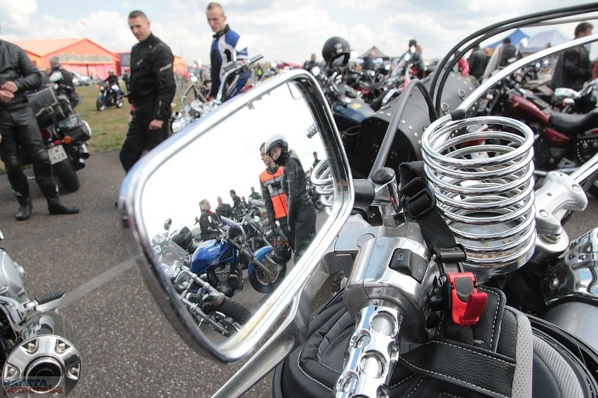 Początek sezonu motocyklowego i lotniczego w Kruszynie pod...