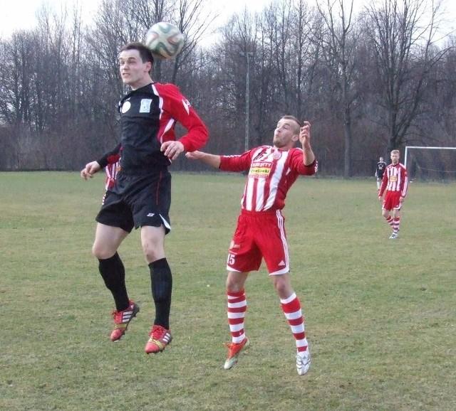 Wiosną, w poprzedniej edycji pucharowej, w finale rozegranym w Nowej Wsi miejscowa Niwa przegrała z Sołą Oświęcim 1:3.