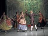 """""""Dziadek do orzechów"""" widowisko baletowe w w Zamku Kazimierzowskim w Przemyślu. Na scenie artyści Ruyal Lviv Ballet [ZDJĘCIA]"""