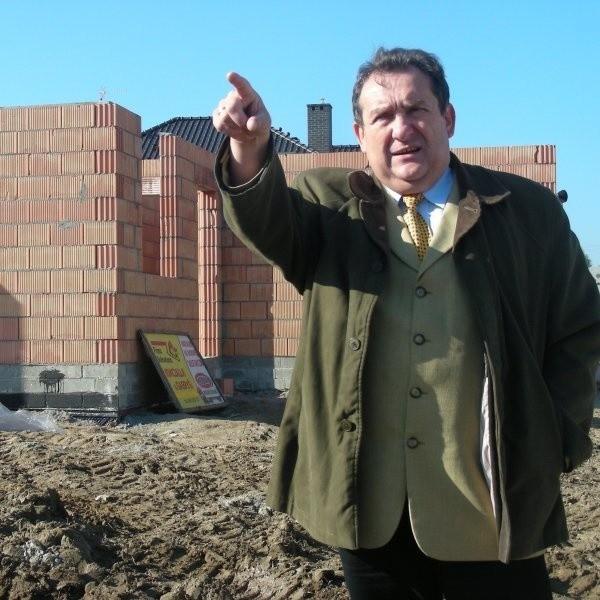 Mirosław Czubkiewicz: - Bloki powstaną w innej części osiedla.