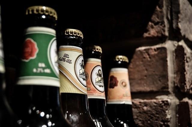 Pijana babcia na osiedlu Młodych w Białymstoku opiekowała się wnuczkiem. Twierdziła, że wypiła tylko trzy piwa. Noc spędziła w izbie wytrzeźwień
