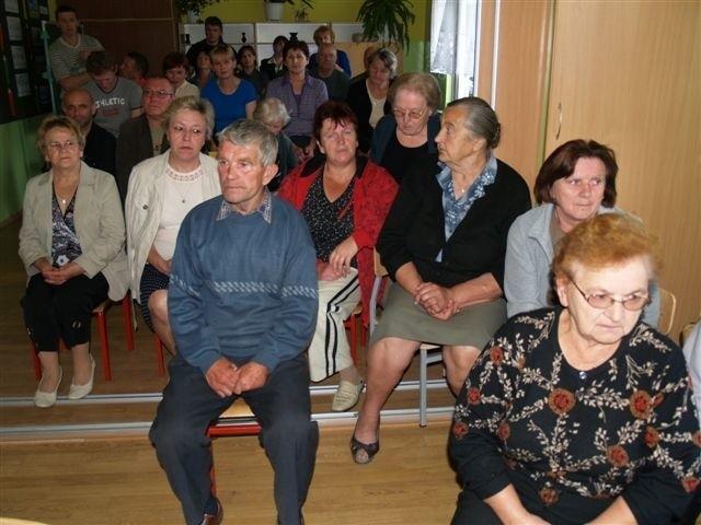 W konsultacjach uczestniczyło kilkudziesięciu mieszkańców Skuszewa