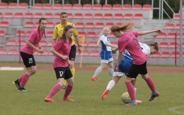 Piłkarki nożne IKKP Noteć Inowrocław pokonały na własnym boisku drużynę Mustanga Wielgie 5:1