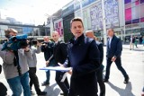 Rafał Trzaskowski złożył wniosek o rejestrację komitetu w PKW. Do 10 czerwca musi zebrać 100 tys. podpisów