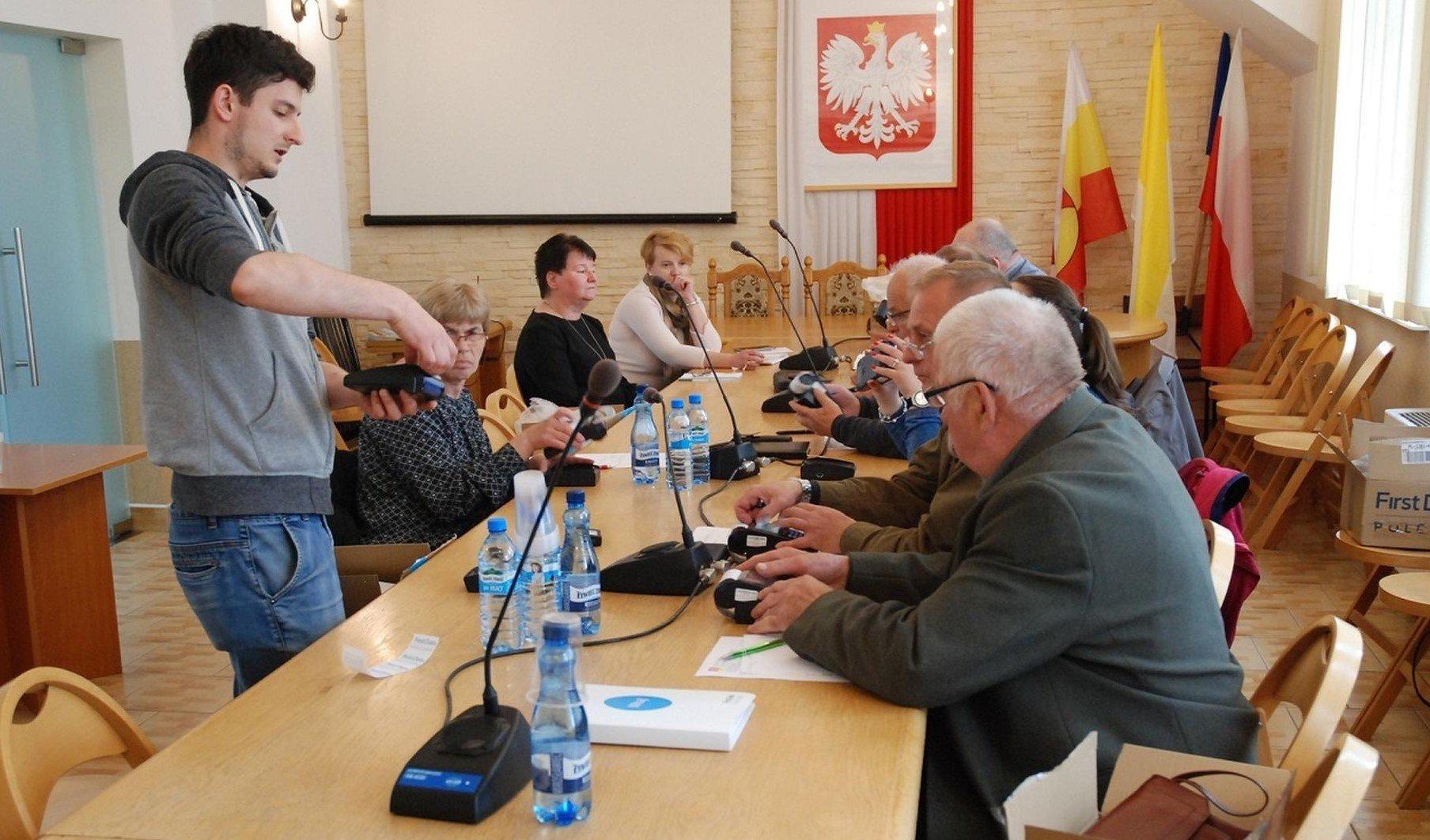 Modzieowe posanki z Jerzmanowic - Zesp Szk w