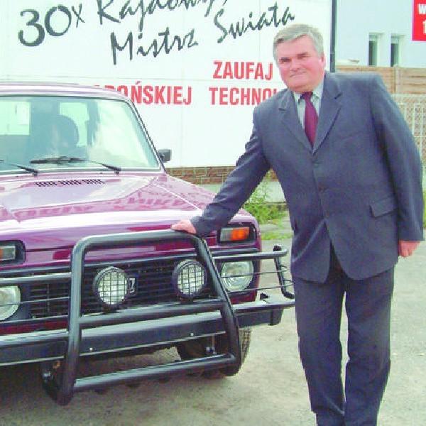 Wiesław Miętkiewicz od kilkunastu lat importuje samochody. Dziś mówi, że jest biedny i nie ma żadnego majątku