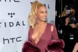 Beyoncé nie mogła założyć sukienki z większym dekoltem. Zobacz zdjęcia!